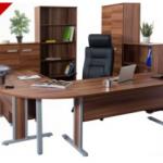 vezetői íróasztal